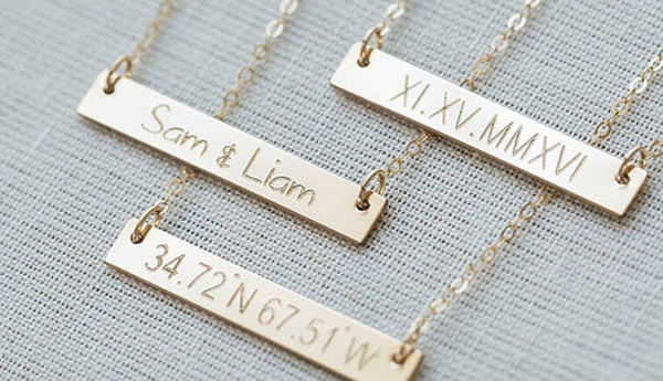 Engravings on Personalized Bar Necklaces: Names, Dates and Coordinates