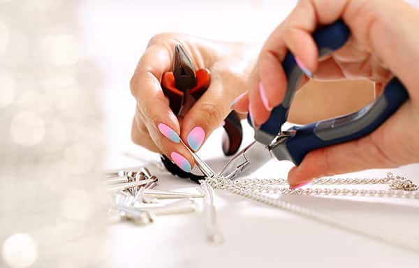Jeweler Adjusting the Necklace Length (Shorten or Lengthen)