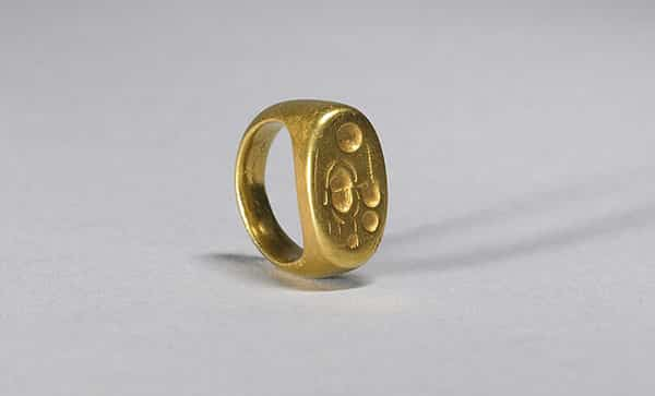 Ancient Signet Ring With Name of King Akhenaten