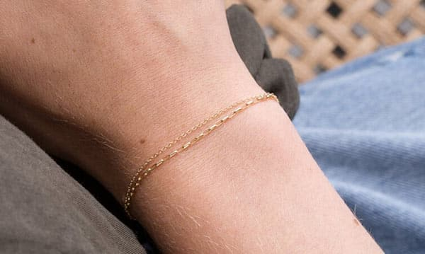Yellow Gold Double Chain Bracelet to Create an Elegant Look for Casual Occasions