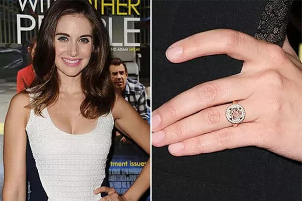 Alison Brie and Her Rose Gold Round-Cut Diamond Engagement Ring