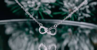 The Meaning of Infinity Symbols and 7 Dazzling Designs You