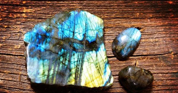 Raw Labradorite Crystal and Polished Labradorite Gemstones