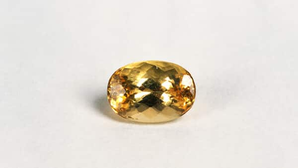 Yellow Topaz: A Brilliant Choice for Yellow Gemstone Jewelry