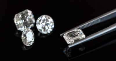 Diamond Shapes: A Detailed Guide With FAQ & Buying Tips