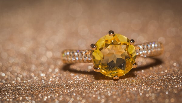 Round-Cut November Birthstone Jewelry: Gold Citrine Ring