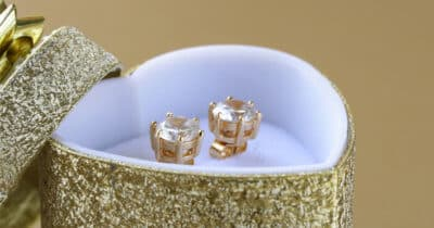 10 Best Diamond Stud Earrings (+Useful Resources & Tips)