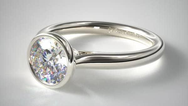 Bezel Setting Ring in Platinum