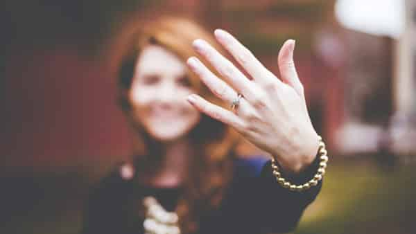 Consider the Hand Type When Choosing a Ring Setting