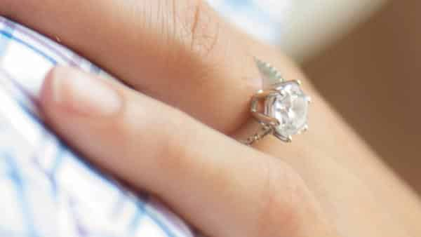Consider Lifestyle and Skin Sensitivity When Choosing Pavé Ring