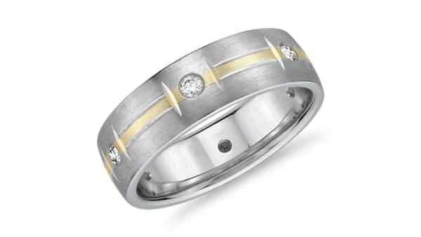Two-Tone Flush Setting Ring: Yellow and Silvery