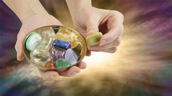 Beginners' Healing Guide: Pick the Right Crystals for Healing