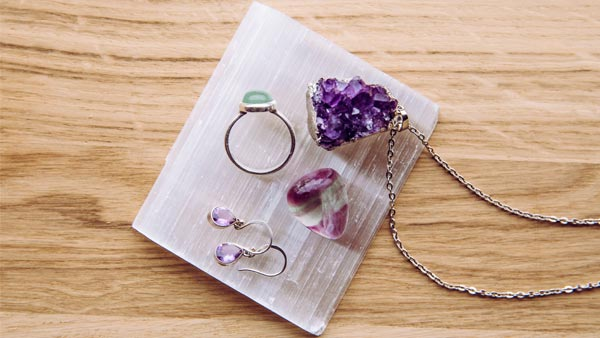 Use Selenite Plate to Cleanse Healing Crystal Jewelry