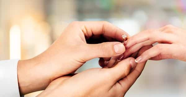 The 1-Carat Diamond Ring Buying Guide