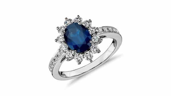 Oval Shaped Blue Sapphire Engagement Ring (Blue Nile)