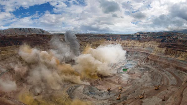 An Open Diamond Mine