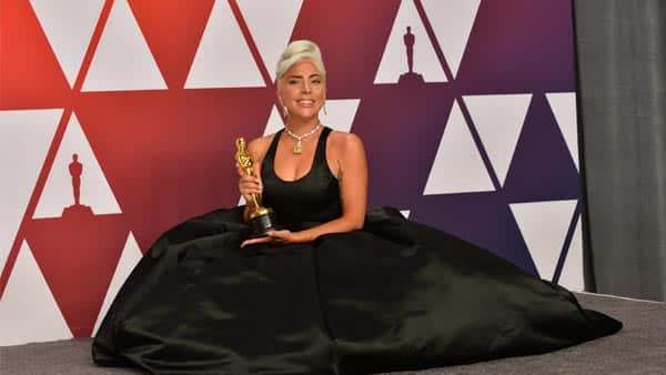 Lady Gaga Worn the Tiffany Yellow Diamond Necklace at the Academy Awards