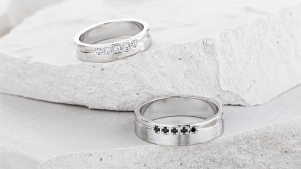 Diamond Wedding Bands Mixed With Special Textures