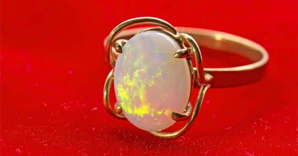 An Opal Ring With Play-of-Color Effect