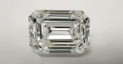 Emerald Cut Diamonds: A Full Guide + Recommended Settings